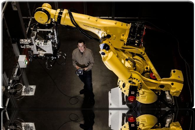 Tecnologia cria mais empregos do que elimina, diz estudo